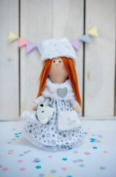 Ręcznie robiona lalka Lenka