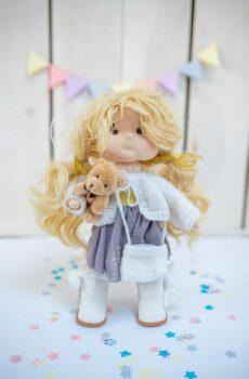 Ręcznie robiona lalka Marcysia